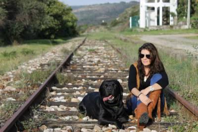 Rapazinho Moreno procura Princesa Loira